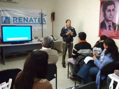 En Salta hay más de 30 mil personas que no saben leer ni escribir