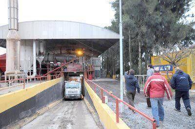 La planta de asfalto municipal volverá a superar su record