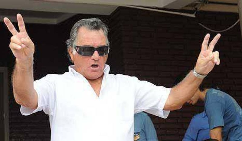 Barrionuevo cantó retruco y llamó a una marcha antiK