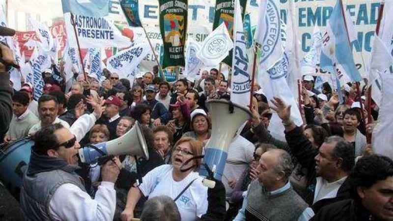 Denuncian que protesta de CGT Córdoba es política y le hace campaña a Schiaretti