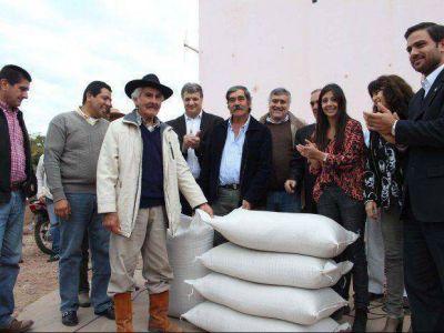 Ayuda en Palma Sola a productores por la sequía