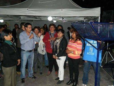 """Vecinos protagonizan el programa """"Por mi Barrio"""""""