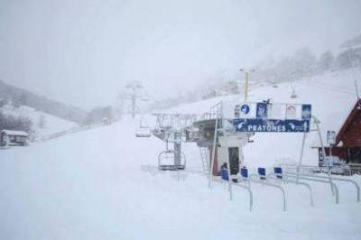 La Hoya: intenso y positivo operativo tras intensa nevada