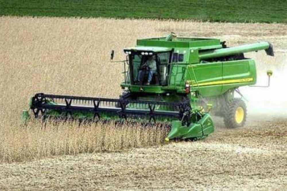 Norberto Yauhar anunció récord en cosecha de granos y algodón