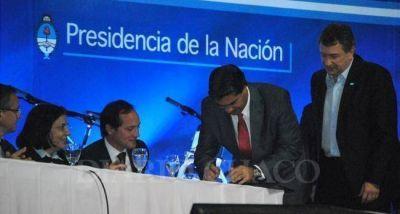 Firman convenio de financiamiento para estudio para la construcción del Segundo Puente Chaco - Corrientes