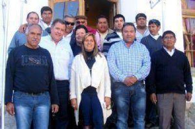 Dirigentes radicales de Andalgalá se suman al proyecto que lidera Lucía