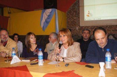 El Frente Renovador presentó su lista de candidatos
