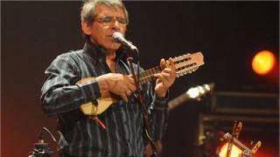 Peteco Carabajal trae su arte a la noche festivalera del viernes