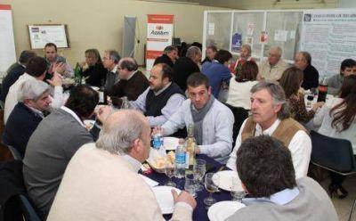 Kuto Moreno encabezó una cena en la Cámara Económica