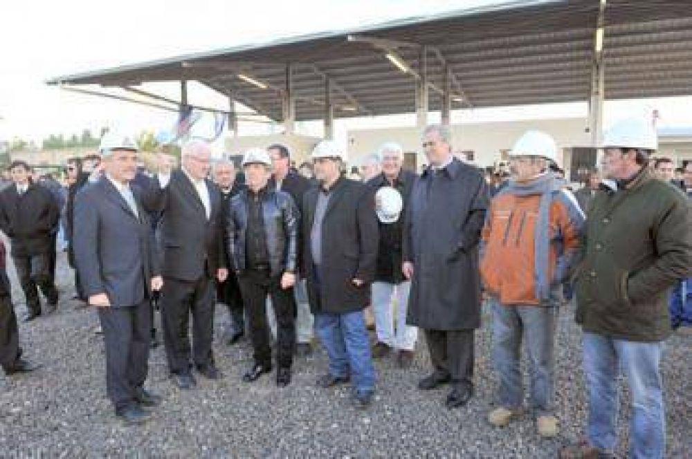 Urribarri inauguró una planta de biodiesel