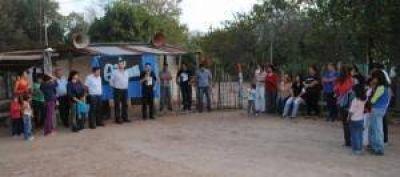 Fantín llevó sus propuestas electorales a La Tigra, La Clotilde, Berthet y Campo Largo