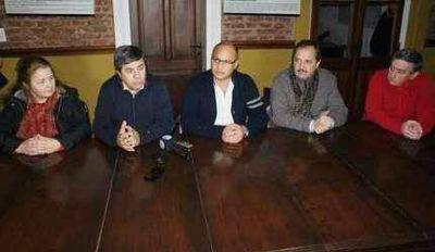 """Alfonsín respaldó a Reino: """"confiamos en el compromiso de nuestros candidatos"""""""