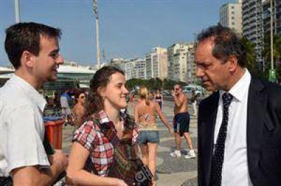 Daniel Scioli viajó a Río de Janeiro antes de la llegada del papa Francisco