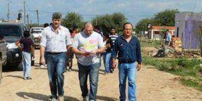 Buryaile recorrió localidades del interior