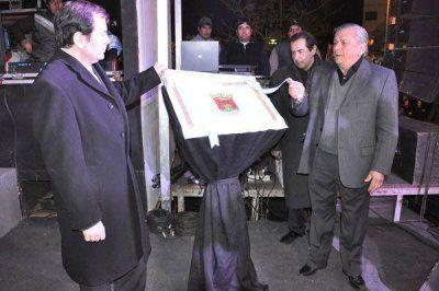 El gobernador Zamora y el intendente Infante inauguraron el Paseo 25 de Mayo