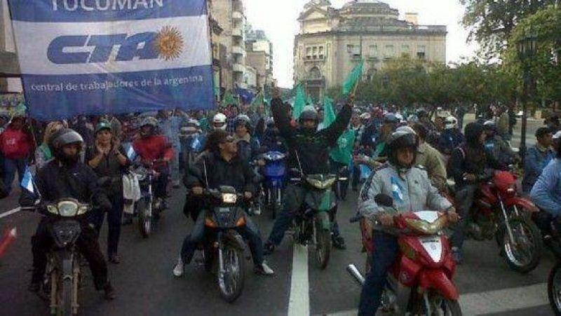 """Estatales marcharán """"en moto y a pata por la dignidad"""""""
