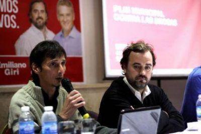 """Emiliano Giri y Scioli presentaron el """"Programa Municipal de lucha contra las drogas"""""""
