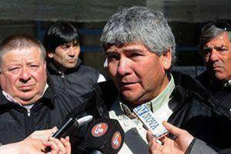 """Aguilar dijo que el tema """"está muy candente y complicado pero queremos que esto cambie"""""""