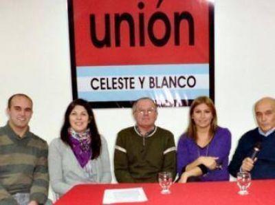 Capacitación para fiscales de mesa, en Unión Celeste y Blanco