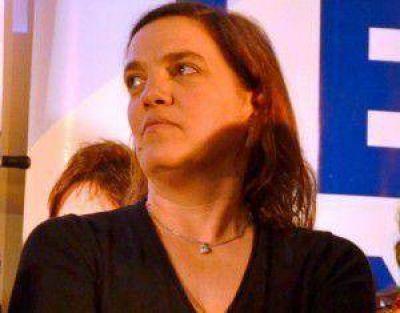 Elena Armendáriz, precandidata a Consejera Escolar por el FPV: Todos somos importantes en esta lista, todos somos escuchados