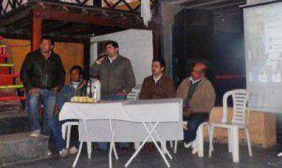 Eber Solís se reunió con jóvenes de Misión Laishí