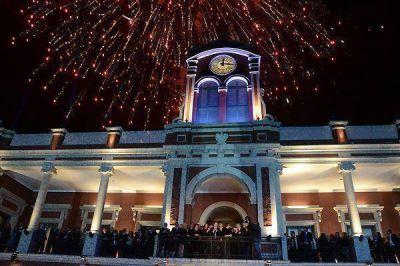 Comenzaron los festejos en la Plaza Libertad