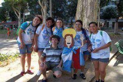 Gran entusiasmo de los marplatenses por el encuentro  con Francisco