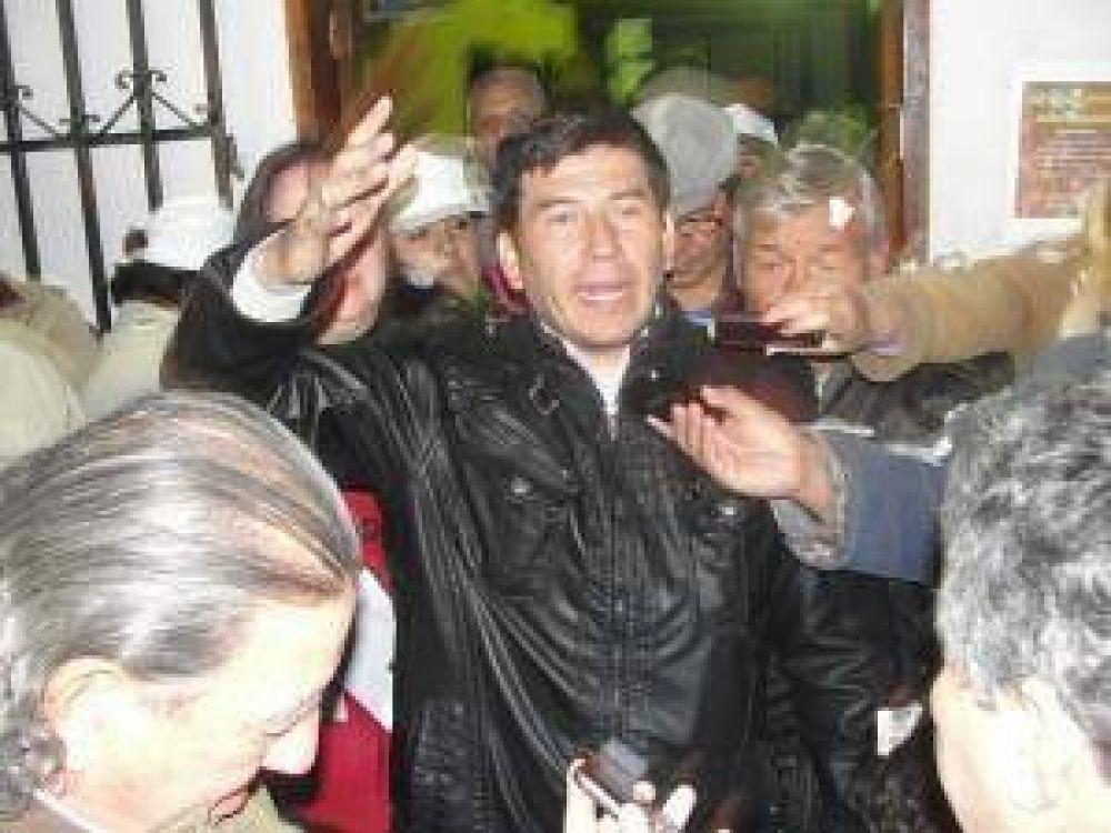 Jara se autoproclamó ganador en las elecciones del Suoem