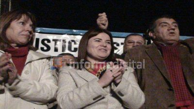 El PJ Paraná homenajeó a 'Evita' y trazó paralelismos con CFK