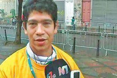 Un santiagueño consiguió que el Papa le bendijera un crucifijo