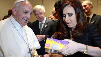 El regalo que le hizo Francisco a CFK para su nieto Néstor Iván