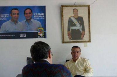 """""""La falta de 'experiencia política' de Camau Espínola es su mayor ventaja"""""""