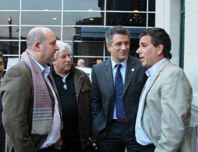 Matzkin junto a Ritondo y Etchevehere en la Rural