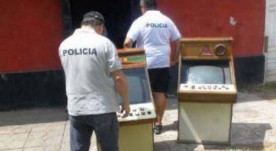 Secuestran Máquinas Ilegales De Video Póker