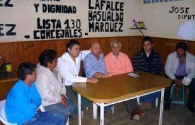 Lealtad y Dignidad present� sus candidatos para las Primarias