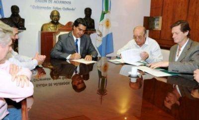 """Ya se acord� la distribuci�n de 270 mil dosis de """"la �nica vacuna del mundo que se produce en el Chaco"""""""