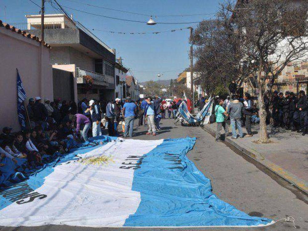 El Seom prepara una marcha provincial
