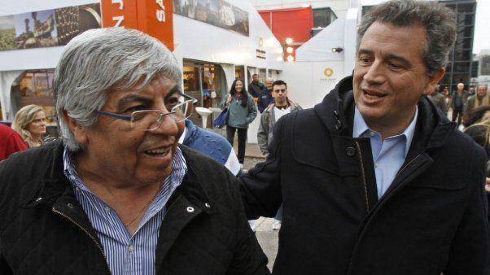 """Hugo Moyano: """"Hoy parece que es un pecado ir a La Rural"""""""