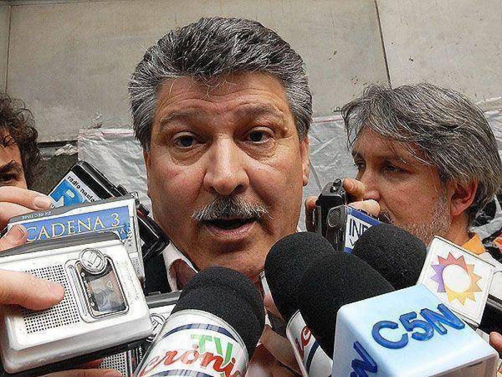 """La Fraternidad acusó a Randazzo de montar un """"show mediático"""""""