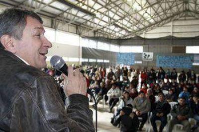 """YAUHAR INSTÓ A LA JUVENTUD A """"SEGUIR MILITANDO Y LUCHANDO POR UNA ARGENTINA PARA TODAS Y TODOS"""""""