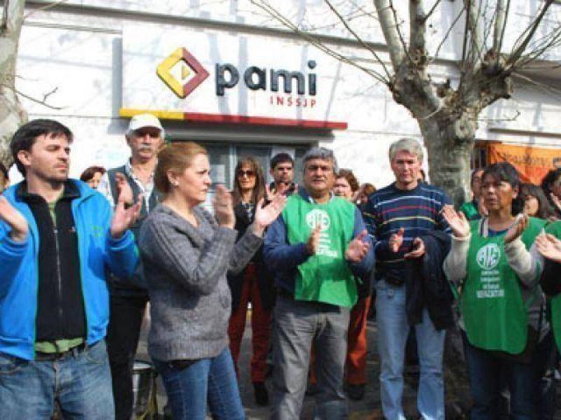Protesta de ATE frente a PAMI
