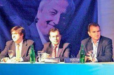 El gobernador Zamora participó del cierre del encuentro de discusión organizado por Gestar