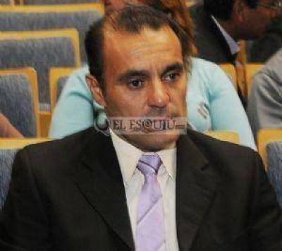 Saavedra cosecha adhesiones para ser presidente de la Comisión de Participación