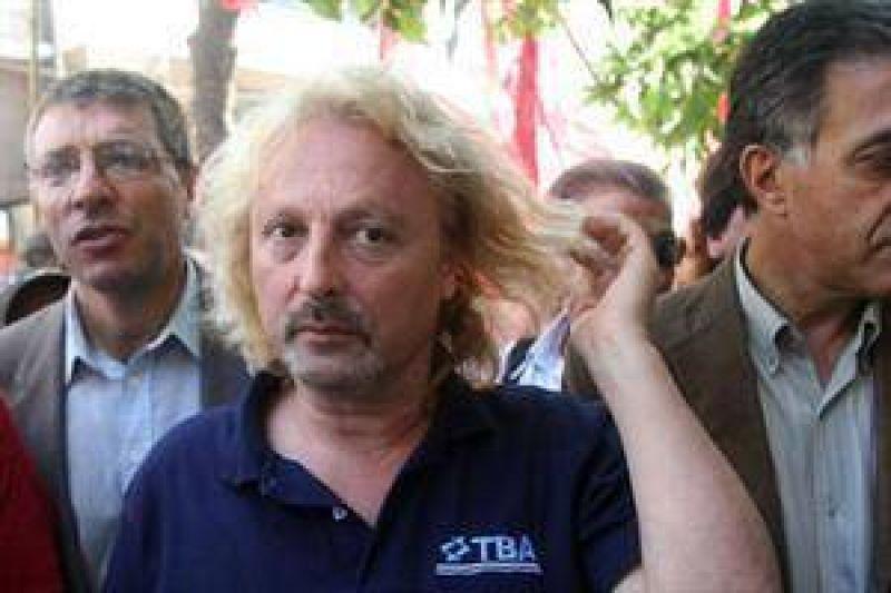 """El sindicalista Rub�n """"Pollo"""" Sobrero llam� """"atorrante"""" a Florencio Randazzo"""