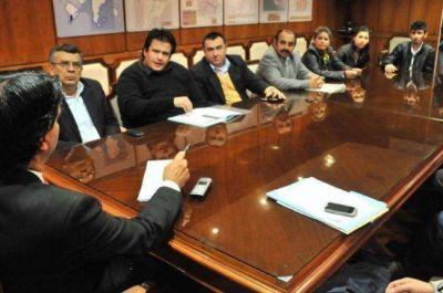 Capitanich analizó con productores forestales la situación del sector