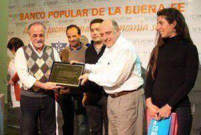 El Banco Popular de la Buena Fe celebró su 10º aniversario junto al intendente Gustavo Pulti