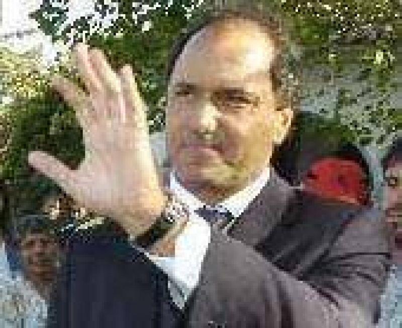 """Scioli aseguró que acompaña a Kirchner """"para dar un mensaje claro de compromiso"""""""