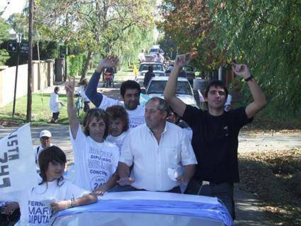 Marín encabezó una nueva caravana peronista por los barrios