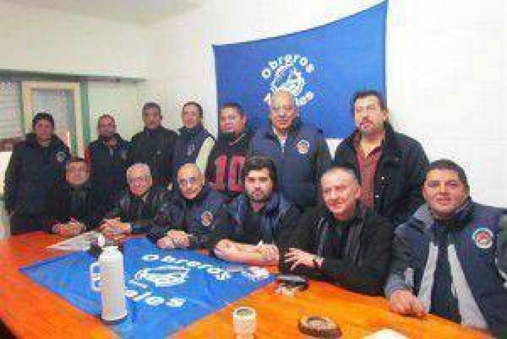 El SAON se declaró en alerta por la incertidumbre laboral que pesa sobre el astillero La Unión