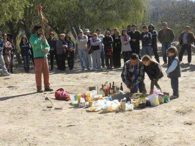 Comunidades originarias homenajearon a la Pachamama